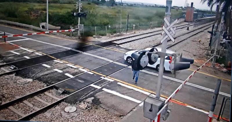 נתוני רכבת ישראל חושפים את מימדי הפריצות לשטחי המסילה