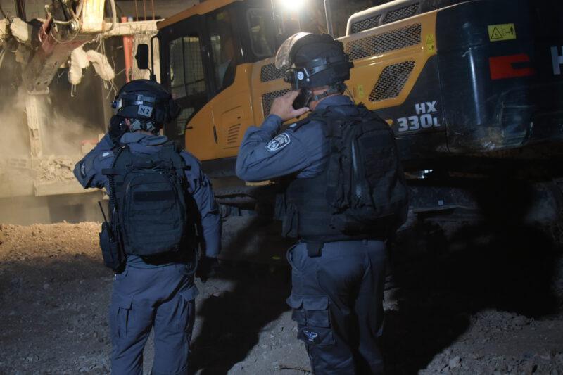 שוטרים בערערה (צילום דוברות המשטרה)