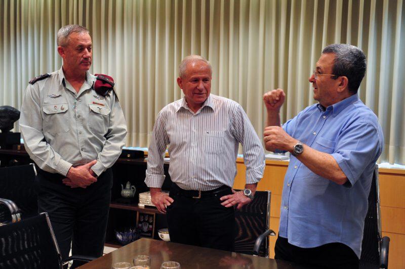 דיכטר ברק וגנץ (צילום: אלון בסון, משרד הביטחון